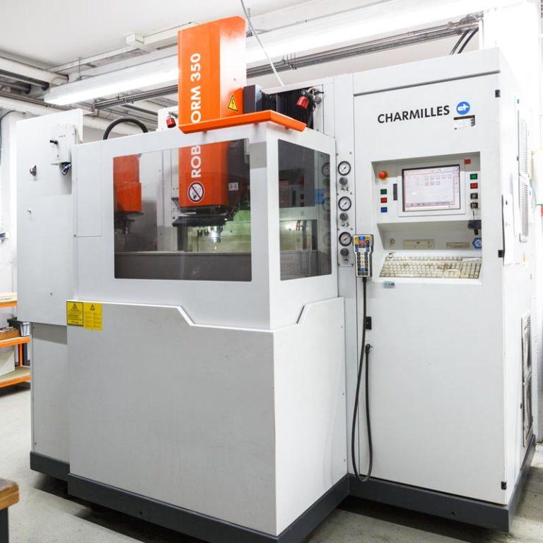ETS roboform350 768x768 - Erodiertechnik